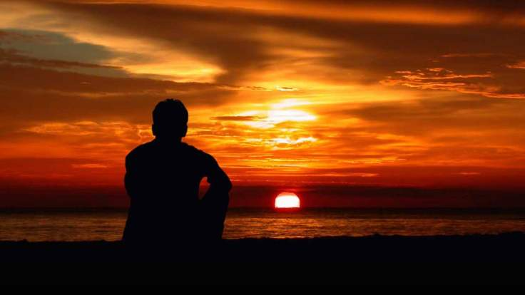 ज़िन्दगी की इस थकान में,  सूने से इस मकान में,  दिल के हर अरमान में,  ज़ज़्बातों के तूफ़ान में,  तू मुझे याद आती है।